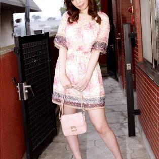 飯島優子の画像を見る