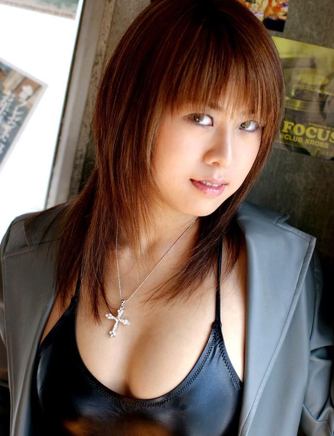 中野千夏 画像001