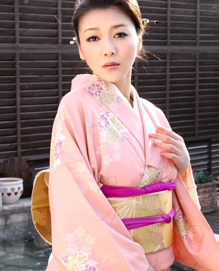 内田美奈子 画像001