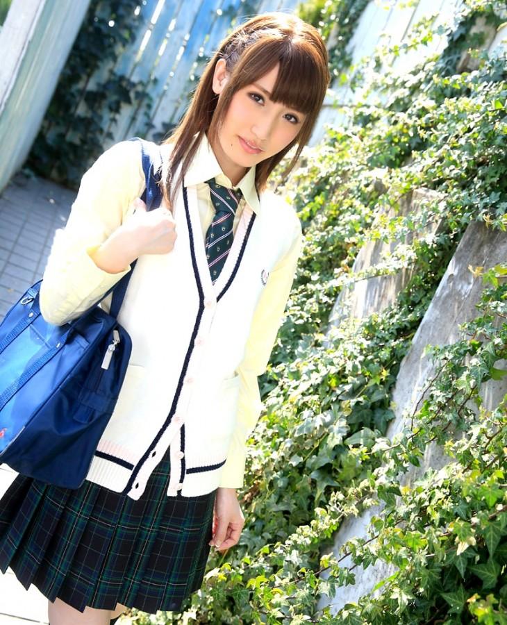 愛沢かりん 画像001