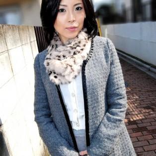 阿佐美里佳子の画像を見る