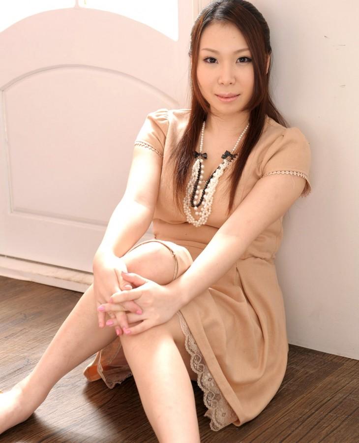 神崎かおり 画像001