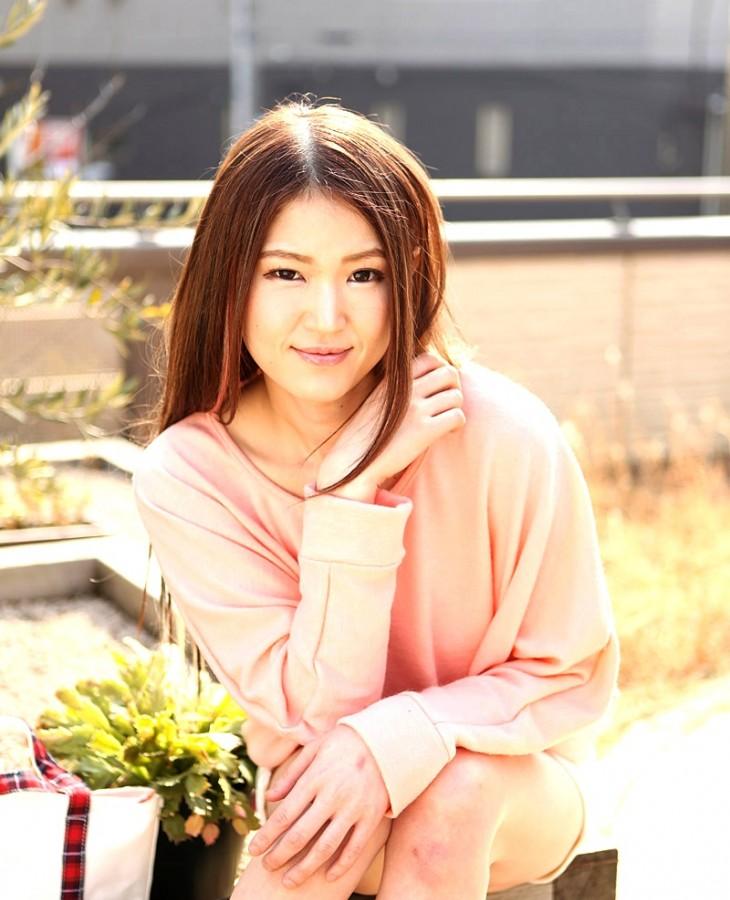 谷川紀子 画像001